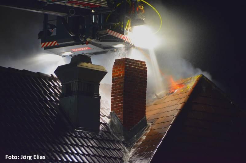 Drei Sylter Feuerwehren kämpften gegen die Flammen