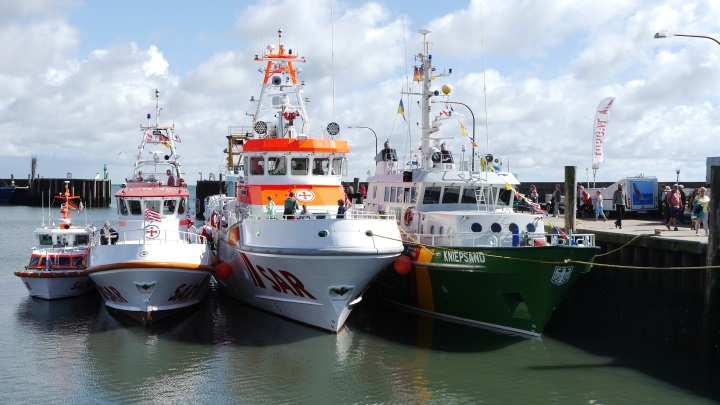 Viele Schiffe konnten beim Hörnumer Hafenfest besichtigt werden