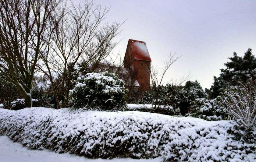 Sommer wie Winter ist St. Severin eine beliebte Sehenswürdigkeit auf Sylt