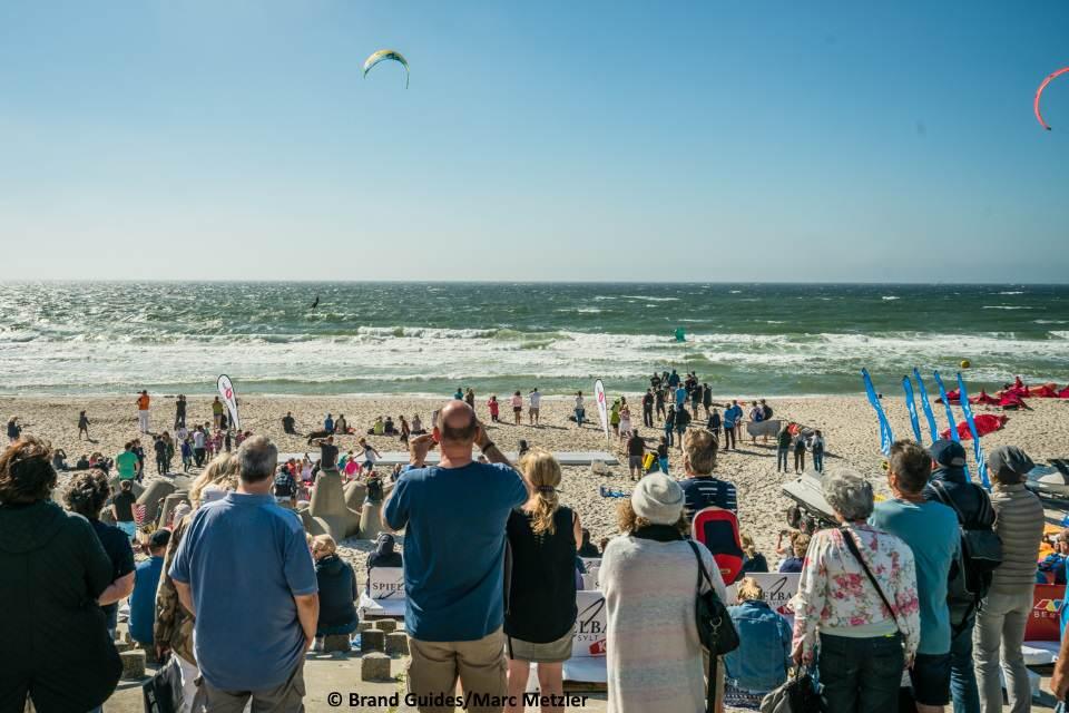 Die Zuschauer freuen sich schon auf den Kitesurf Cup Sylt 2018