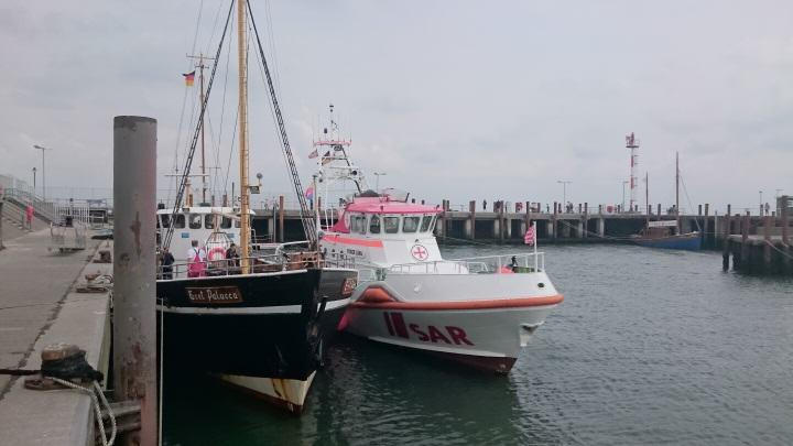 Ausflugsschiff Gret Palucca hat Unfall im Lister Hafen