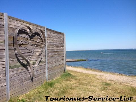 Im Lister Hafen ein Platz für die Liebe
