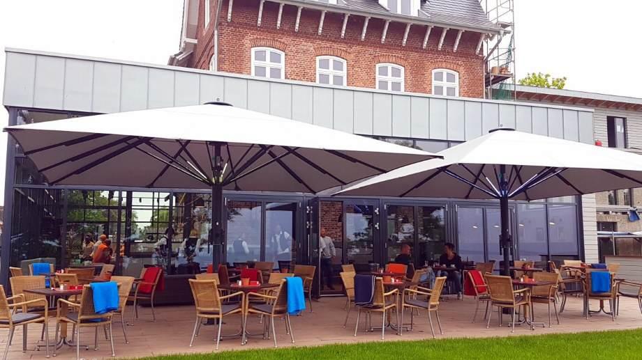 Nielsens Kaffeegarten in Keitum auf Sylt mit tollem Meerblick