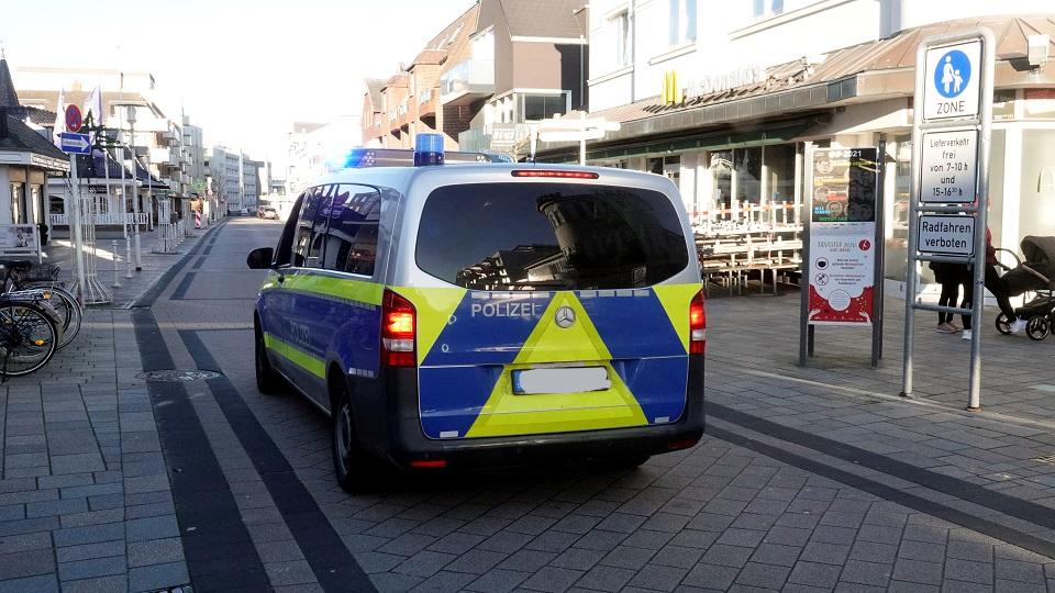 Die Sylter Polizei hat vermehrte Kontrollen angekündigt und das konnte man über die Weihnachtsfeiertage auch schon deutlich beobachten