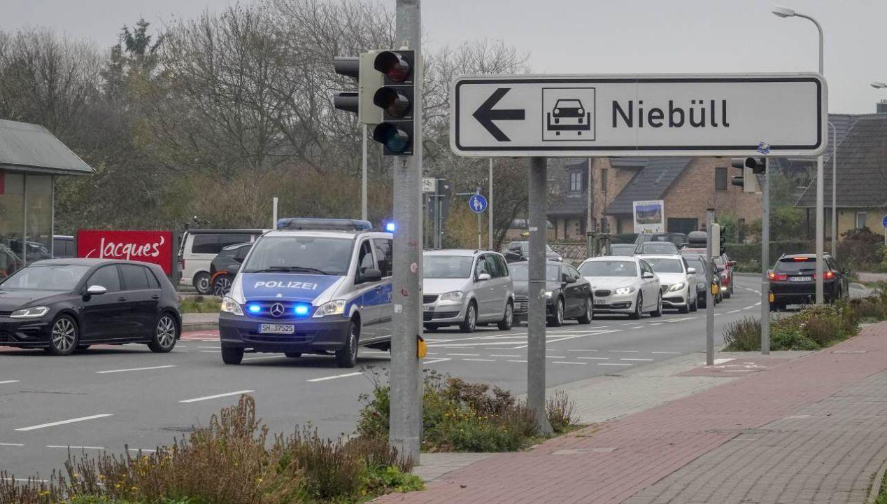 Die Sylter Polizei mussten den Verkehr in Westerland regeln