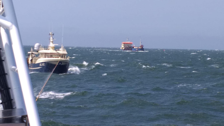 Sylter Seenotretter helfen dänischen Fischer - Foto: DGzRS - Die Seenotretter