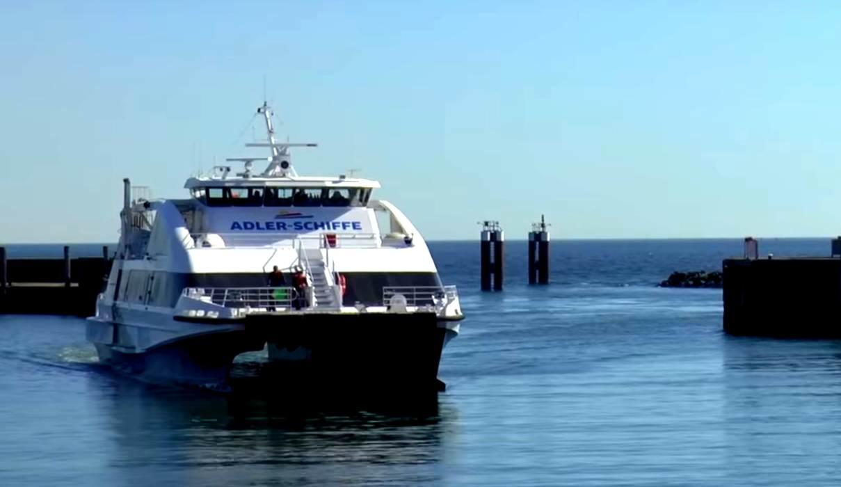 Die Fährverbindung Cuxhaven - Sylt in ein voller Erfolg