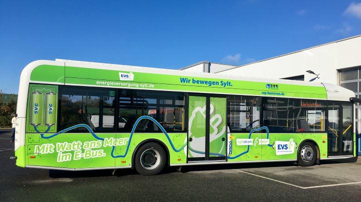 Erster Elektrobus Schleswig-Holsteins fährt auf Sylt