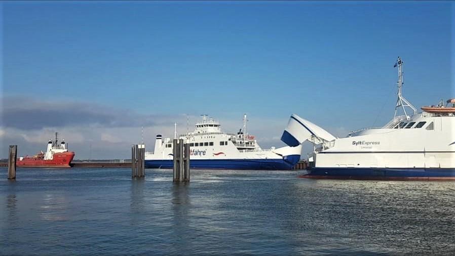 Mit der SyltExpress und der RömöExpress entspant die maritime Anreise nach Sylt genießen